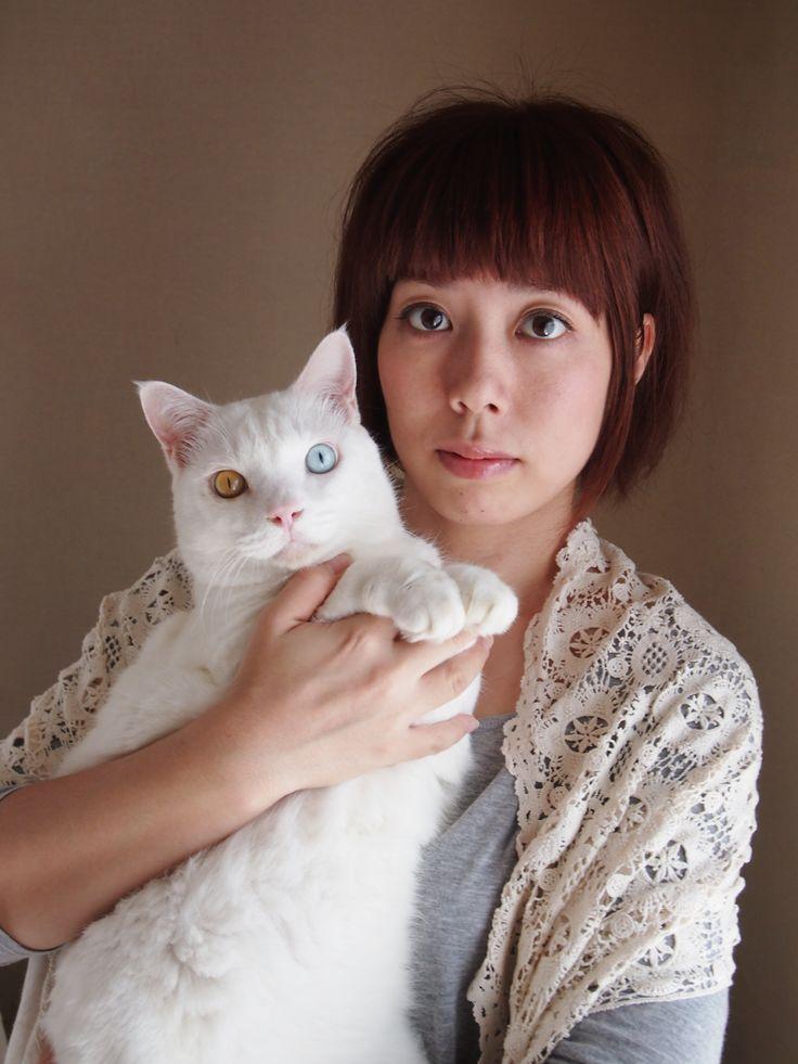 Ihara Miyoko with her G'ma's cat, Fukumaru.