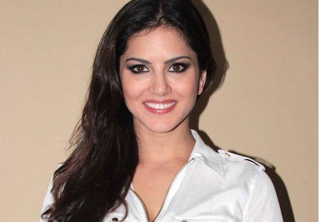 Sunny Leone to Play Lead in 'Guntur Talkies' Sequel, Replaces Rashmi