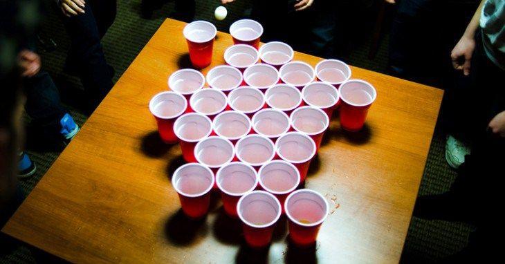 15 Arriesgados y divertidos juegos para beber alcohol que todo hombre debe conocer - http://soynn.com/2016/05/20/15-arriesgados-y-divertidos-juegos-para-beber-alcohol-que-todo-hombre-debe-conocer/
