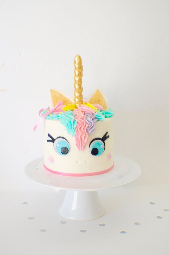 Les 25 meilleures id es de la cat gorie f tes d for Decoration gateau licorne