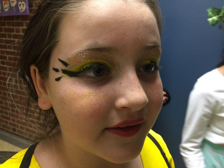 Queen Bee eye detail.