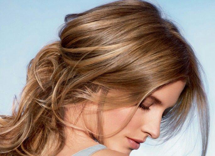 Beautiful caramel and honey hair
