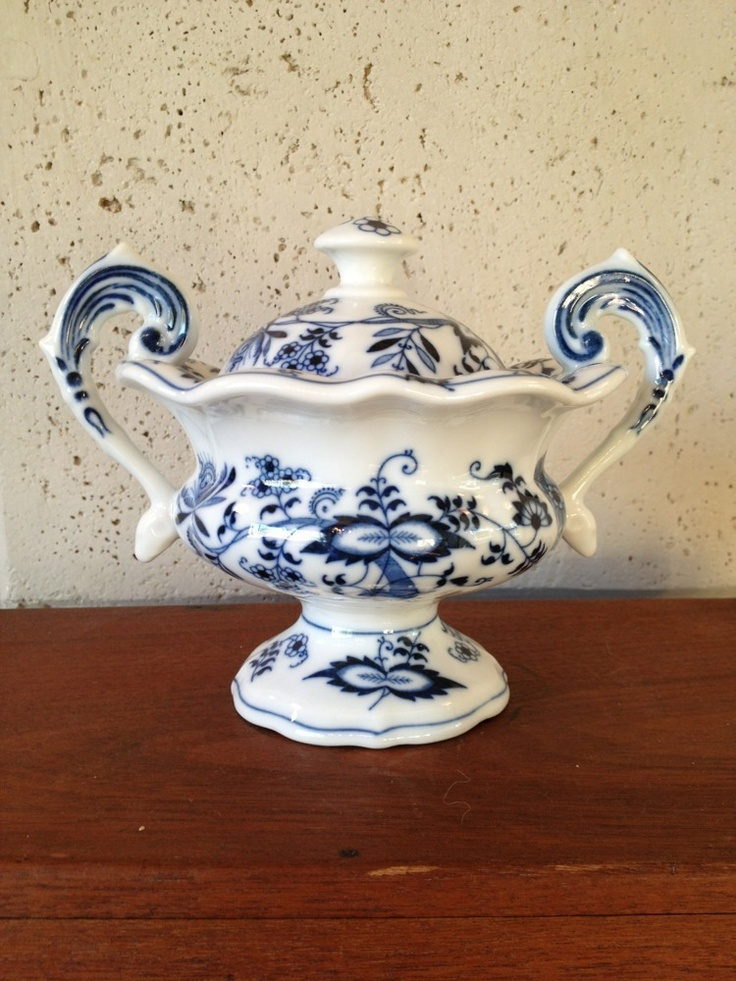 "Blue Danube China Japan Mayonnaise w Lid 5 5"" Tall Mint Condition 