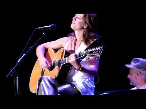 Sarah Mc Lachlan - Good Enough Live In Laval - June 23rd, 2012