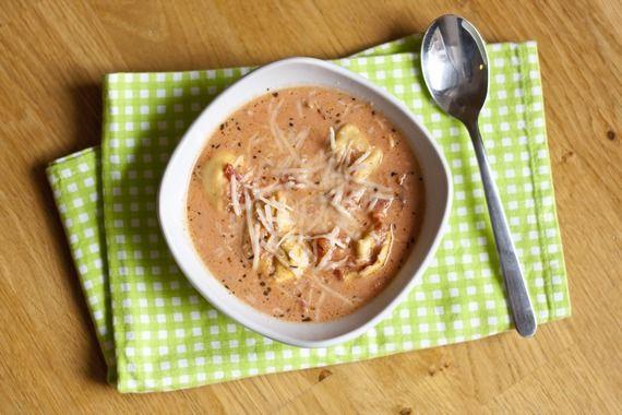 Cremige Tomatensuppe mit Tortellinis von www.meinkleinergourmet.de
