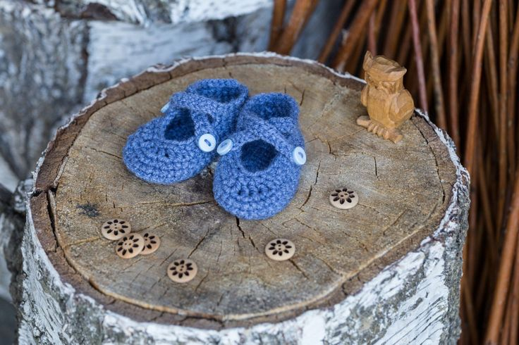 FREE SHIPPING,Baby Shoes,Crochet Baby Shoes,Ballet Slippers,Ballet pumps,Gift,Denim Blue,Jean Blue,Light blue,Blue Buttons,Size 0 - 3 months by namabi on Etsy