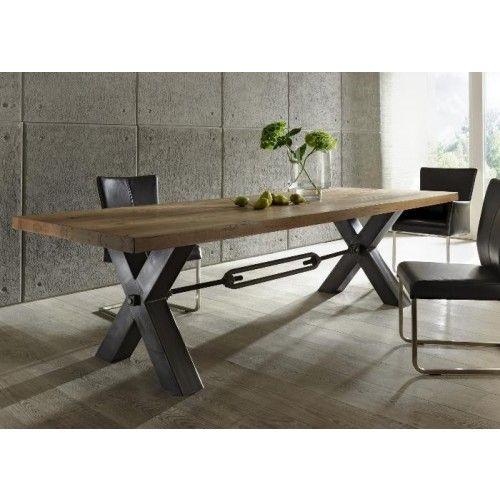 Esstisch Aus Massiv Eiche, Tisch Im Industriedesign Mit Einem Gestell Aus  Metall, Maße 200 X 100 Cm Material Tischplatte: Eiche Massiv Material  Gestell: ...