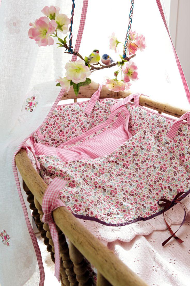 33 besten kinderzimmer rosa bilder auf pinterest farben form und kaufen. Black Bedroom Furniture Sets. Home Design Ideas