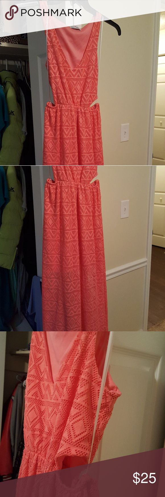 Coral Maxi Dress Coral Maxi cut out dress from Dainty Hooligan.  Coral, Size L, Worn Once Dainty Hooligan Dresses Maxi