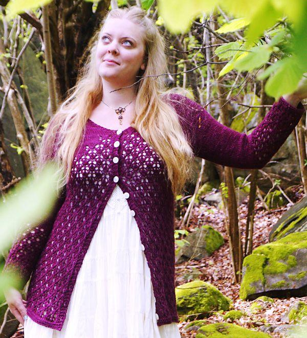 Krydda lace cardigan : Knitty.com - Deep Fall 2014