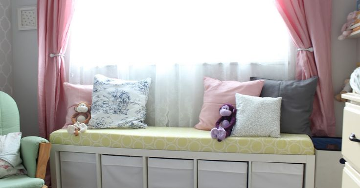 I've had many requests to do a Window Bench tutorial from my Nursery Reveal post . It was something I saw myself on pinterest and other blo...