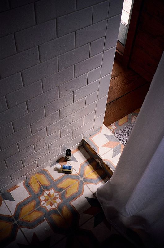 Floor tile and wall detail