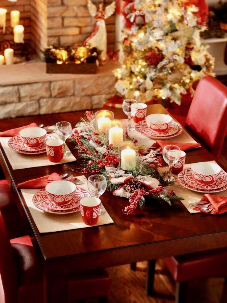 Top 150 Christmas Tables (2/5)? & 1291 best Christmas Table Decorations images on Pinterest ...