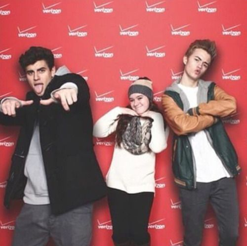 22 best meet and greet poses images on pinterest magcon magcon one of the cutest meet and greets i have ever seen m4hsunfo Image collections