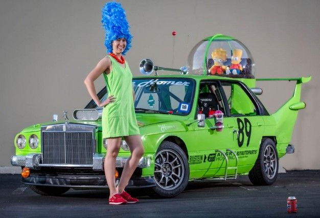 Okay, Porcubimmers, you win the internet... They built a working replica of the car Homer Simpson designed for his brother's company on the Simpsons. Genius!