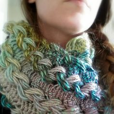 I'd love this chunky look as a cowl. Ravelry: Braided Hairpin Lace Infinity Scarf pattern by B.hooked Crochet