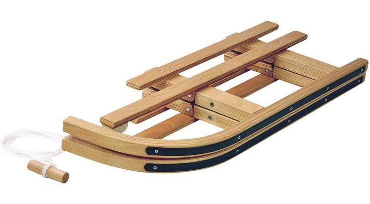La société FRENDOpropose un modèle du bon vieux temps, la luge en bois pliable AlpenGaudi qui fait vite oublier les luges en plastique.