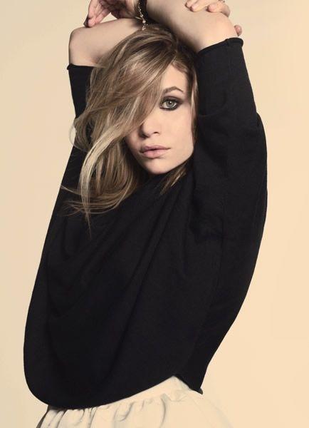 Olsen love. smoky eye...