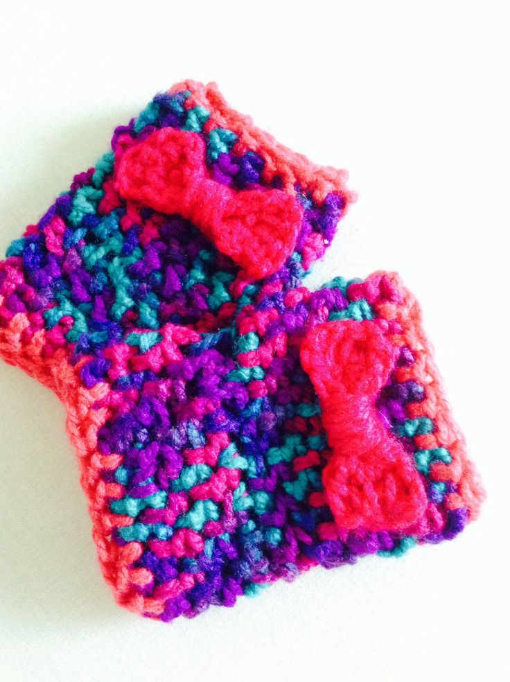 Fingerless crochet pink bow gloves by pomponsparty on Etsy