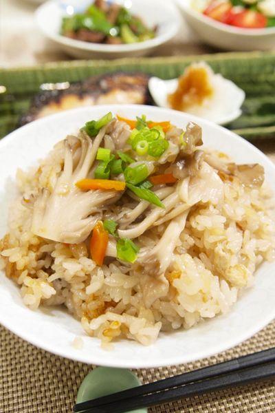 和食】舞茸の炊き込みご飯&さわらの西京焼き&豚肉とピーマンの ...
