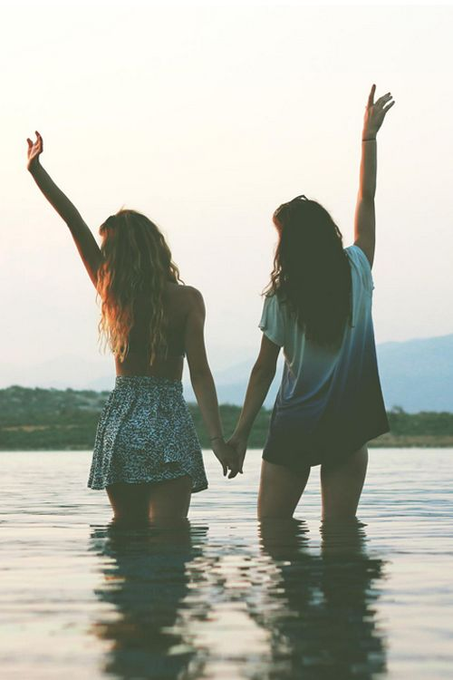 hashtag tumblr life. // Friends forever fashion cute friendship summer dress water outdoors fun girls shirt