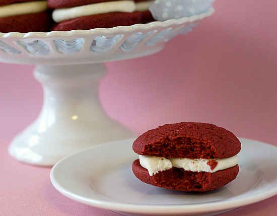 Red Velvet Whoopie Pies   27 Red Velvet Desserts That Want To Be Your Valentine