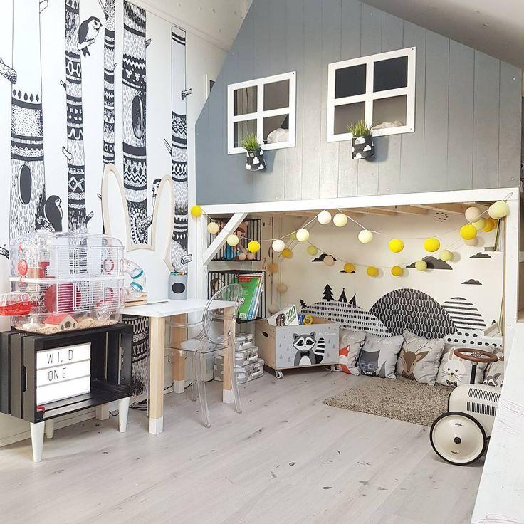 Drzemka i ciszaaaaa.... Pierwsze od 8 lat walentynki bez Mojego :*:* przynajmniej w domu posprzątam.... a i wino się nie zmarnuje😂 #bukbed #bunhousebed #housebed #wildonedesign #kidsdesign #design #interiordesign #scandinaviandesign #kidsroom #playroom #scandinavianinterior #scandi #interior #instakid #style #stylish #woods #mountains #cottonovelove #dekornik #books #reading #bunny #miffy #desk #handmade