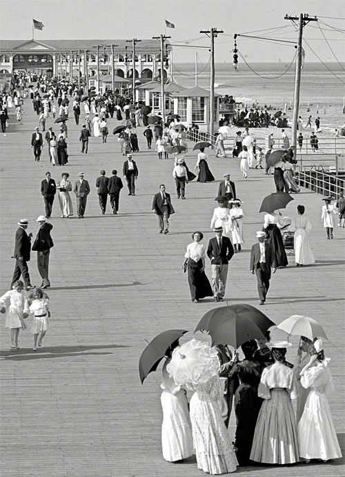 The Jersey Shore, USA circa 1905. Boardwalk at Asbury Park. S)