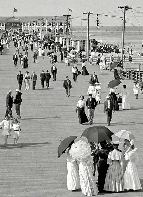 The Jersey Shore, USA circa 1905. Boardwalk at Asbury Park. S)