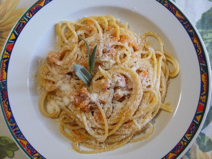 A brand new #spaghettirecipe #spaghetti #pumpkin #bacon #cheese #italianfood #pasta #eat #eating #food #foodgasm #foodpics #instafood #instagood