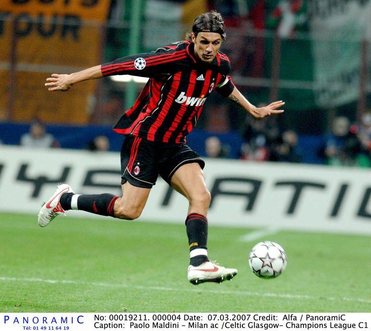 A 49 ans, Paolo Maldini va jouer un tournoi de tennis chez les pros