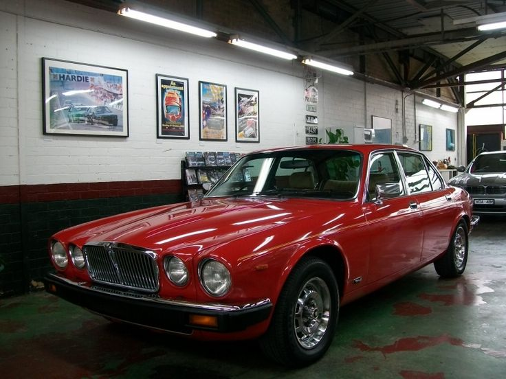 1982 Jaguar S3 XJ6 - Lou Guthry Motors