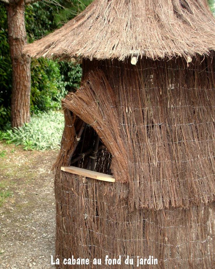 25 best ideas about garden huts on pinterest diy tree house house projects and diy house - Cabane jardin impot nice ...