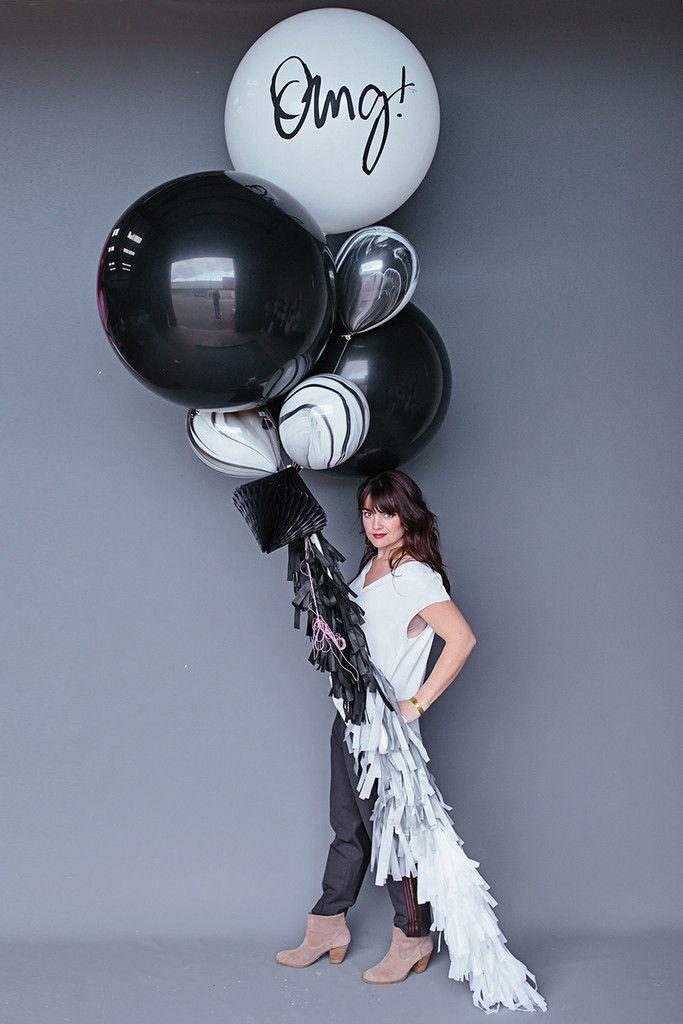 """Balloon Set : 36"""" Black + White OMG!"""