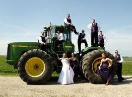 Fun wedding picture if you want to get married on a farm