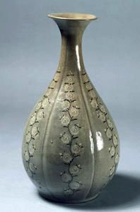 Bottle,                                                                        Korean Goryeo dynasty (918–1392)late 12th or early 13th century .