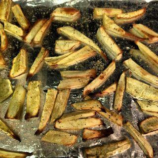 Sooo Paleo: Parsnip Fries a.k.a. Parsnipples #21DSD