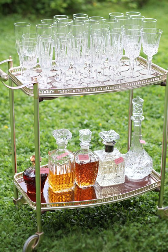 Garden style open cocktail #bar. Who wouldn't like that? #Decanters are always classy.