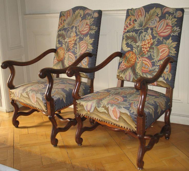 paire de fauteuils de style louis xiv louis xiv style. Black Bedroom Furniture Sets. Home Design Ideas