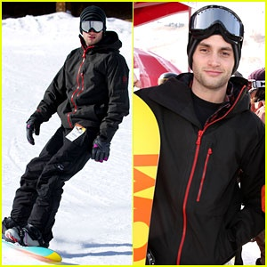 According to Penn Badgley, you can't rock out on the mountain without the Burton steez.