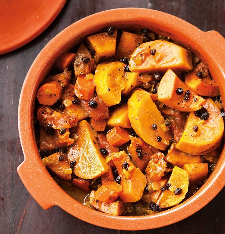 fragrant Moroccan tagine, with butternut squash, sweet potato, onion and carrot; an aromatic blend of spices and the sweetness of dried currants and honey.