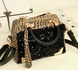 Leopard in sequin