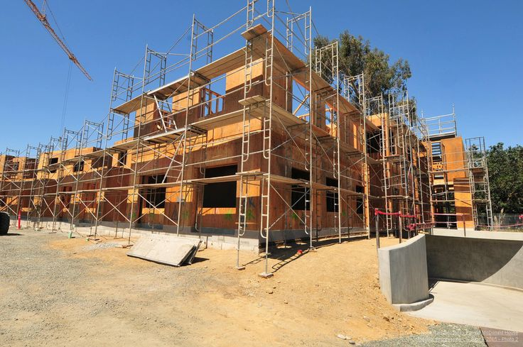 Hope is Growing at Ronald McDonald House at Stanford! External framing on the three-story building is near completion. July 2015.