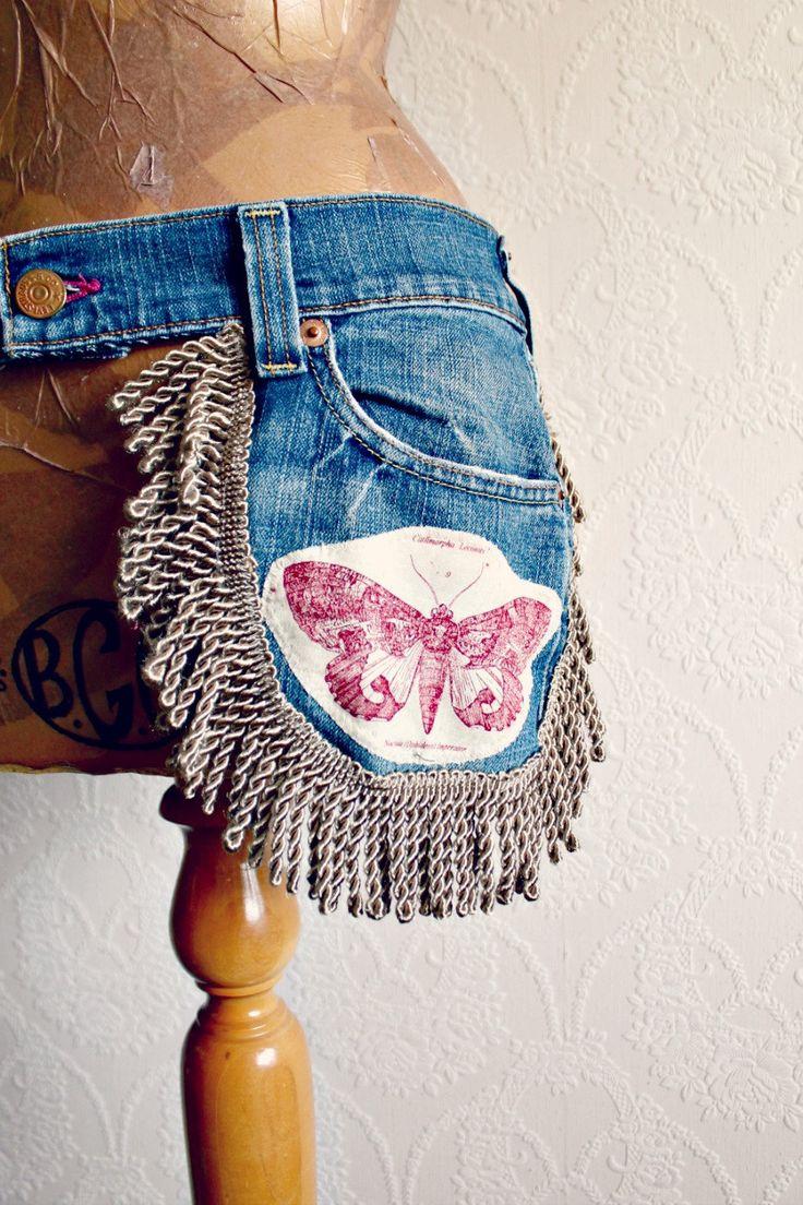 Boho Chic Upcycled Waist Purse Recycled by BrokenGhostClothing voor het maken van een buidel voor naaispullen!!