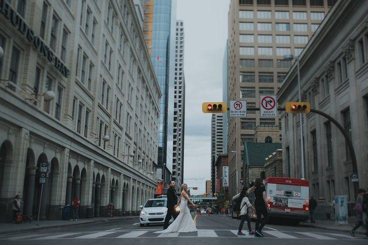Sarah   Adam: Vanity Fair Meets Old Manhattan. Bride & Groom, I Do