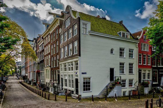 Nieuw in mijn Werk aan de Muur shop: De Amstel hoek Achtergracht in Amsterdam.