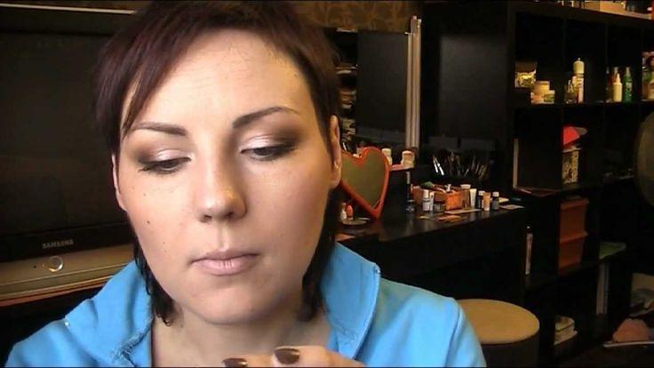 Осенний макияж с палеткой Naked