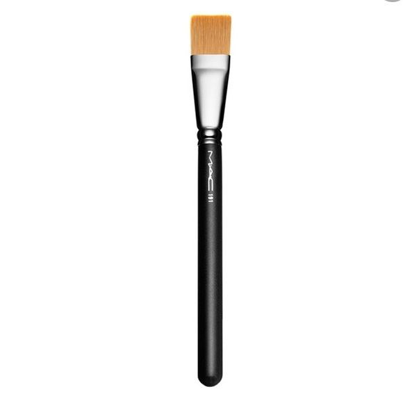 Authentic MAC #191  Brush (retail:$35) Authentic MAC Foundation Brush #191 (retail:$35)  **USED** label rubbed-off. Square flat Foundation Brush is made out of synthetic fibres. It's fairly firm. MAC Cosmetics Other
