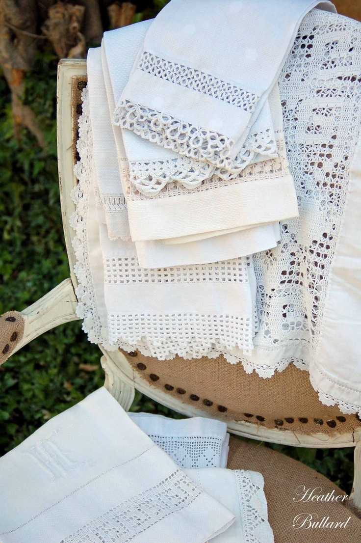 Timeless table linens