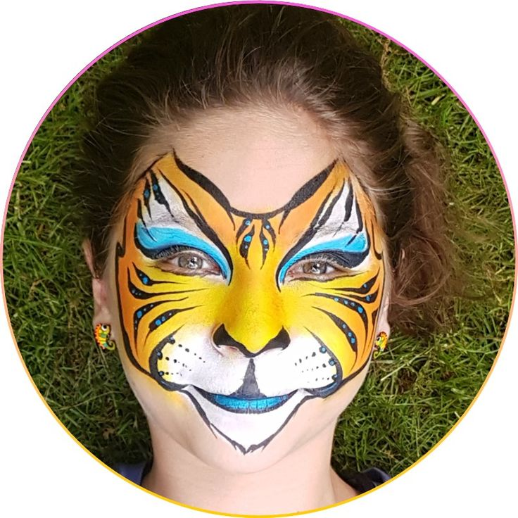 Are you tired of your tiger face? Looking to make your face painting tiger faces better? This is your chance to learn these 5 tricks that will make your face painted tiger faces look amazing! Learn how to face paint an awesome tiger face in 3 super easy to follow steps!